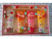 Boots Extracts Festive Body Wash Collection 4 x Shower Gel Brand New Gift Set Gift Ideas