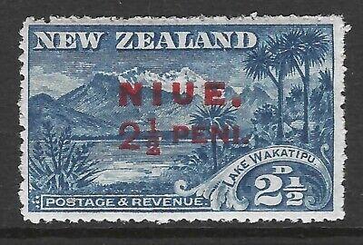 NIUE :1915  2 1/2d overprint on New Zealand  SG 20  MNH