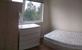 Single room in Golders Green, NW11 - Ridge Hill - convenient location, quiet residential area