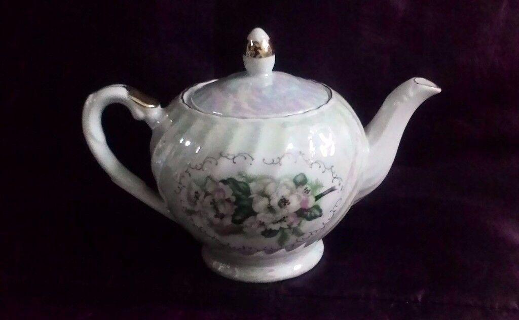 Vintage Porcelain Lustre Teapot VGC
