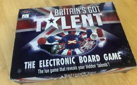 Britain's Got Talent Game & Dinosaur Puzzle