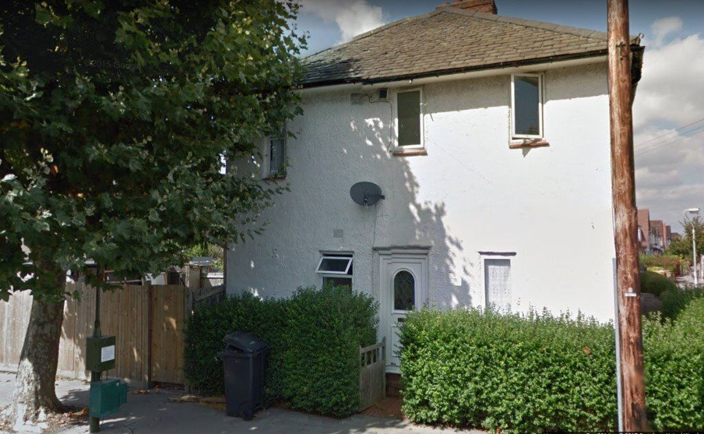 Gorgeous double room to rent in Norbury. ALL BILLS INCLUDED, AVAILABLE IMMEDIATELY