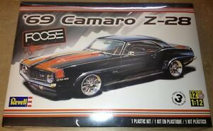 Revell '69 Camaro Z-28 Foose 1/12 scale plastic model car kit new 2811