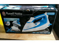 Russell hobbs 2000w Xpress steam iron anti scale and self clean
