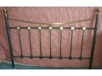 BLACK AND GOLD METAL DOUBLE BED