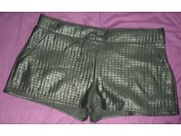 Ladies H&M Shorts_Black_Medium_Brand New With Tags_Hot Pants