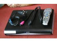CAN DELIVER - SKY + HD BOX DRX890WL-C 500GB WIFI