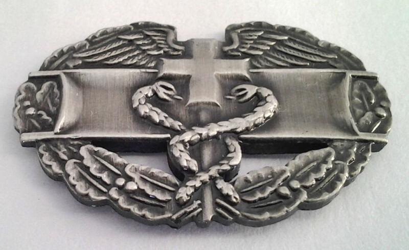 "COMBAT MEDIC BADGE (1-1/4"") US ARMY Military Hat Pin 14761 HO"