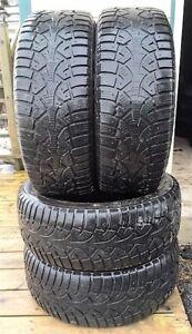 * LIQUIDATION * 4 pneus hiver 215/55/16 à vendre