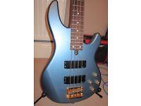 Yamaha BBG4S Active Bass Guitar (will post)