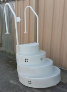 Pool wedding cake style steps or ladder for sale