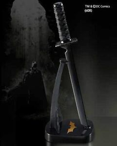 The-Dark-Knight-Rises-Batmans-Ninja-Letter-Opener-with-Display-Stand-Batman-Gift
