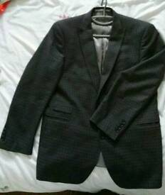 Mens French Connection suit jacket 44 short