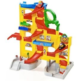 Fisher Price Little people Wheelies Stand N Play toy