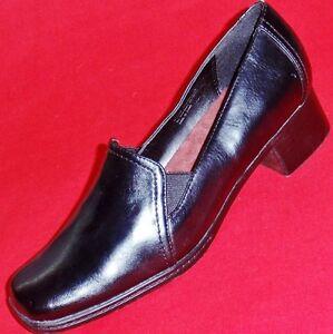 NEW-Womens-AEROSOLES-PEACEMAKER-Black-Loafers-Slip-On-Heels-Office-Dress-Shoes