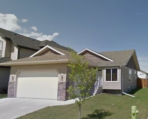 WOW!! 4 bedroom house in West Lake with double car GARAGE!