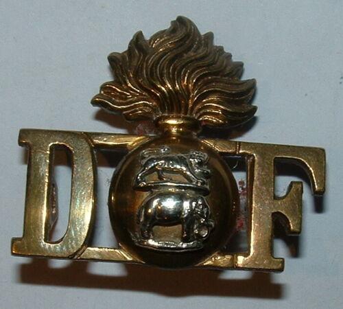D grenade F (DUBLIN FUS) officers  SHOULDER TITLE