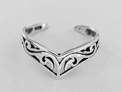 Sterling Silver filigree swirls V dainty size small-medium adjustable toe ring