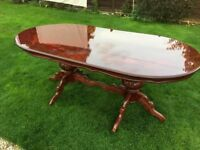 Stunning 8-10 Seater dining table