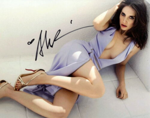 ALISON BRIE.. Lovely and Leggy - SIGNED