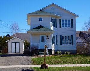 * Moncton North area - Detached house with mini split * $195000