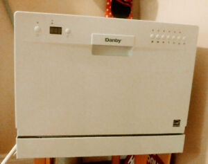 Portable Dishwasher Danby Countertop dishwasher