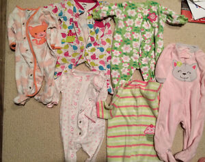 Baby girls 3 months clothing lot Carters