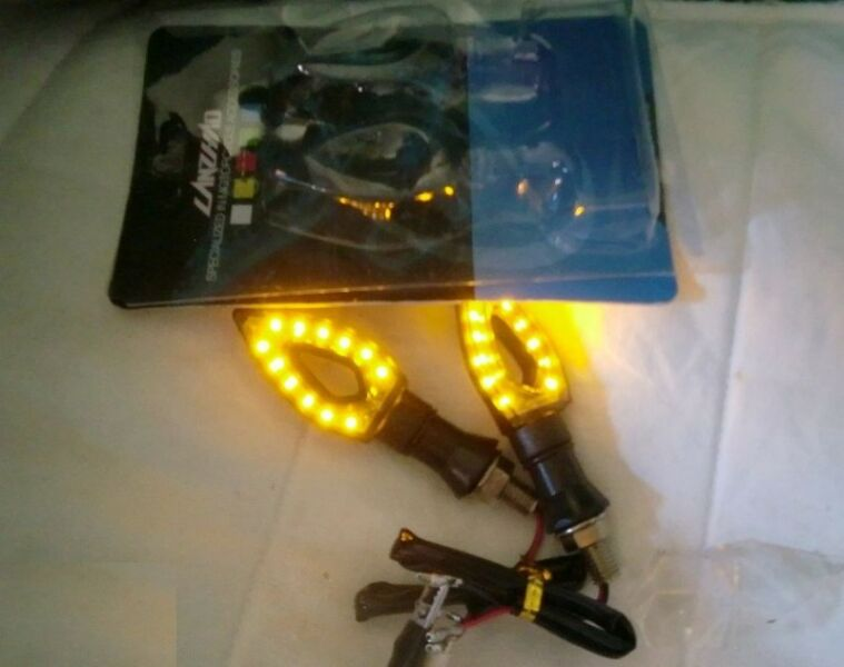 ~~~2 SeTs / PaiRs  Signal LighTs Set with ReLay ( for E –ScoTeR ) $20 ~~~