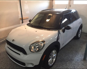 2012 Mini Cooper S Countryman, AWD, Leather, Nav
