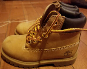 Boys Toddler Size 9 Timberlands Boots-8 Inches in Length