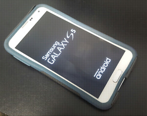 White Samsung S5 with Otterbox