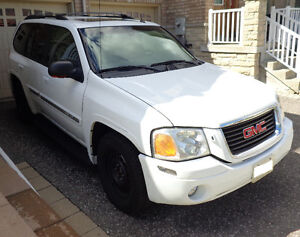 2004 GMC ENVOY, FULLY LOADED, LOW KILOMETERS, E & SAFETY TESTED