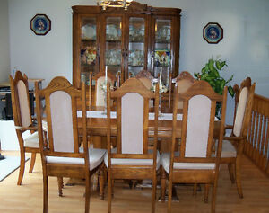 Oak Dining Room Set:  5.5'-8' Table, 8 Chairs and Buffet & Hutch