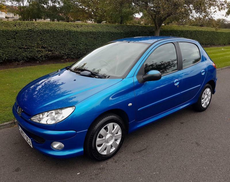 peugeot 206 1 4 look 5 door 2007 blue low miles in croydon london gumtree. Black Bedroom Furniture Sets. Home Design Ideas