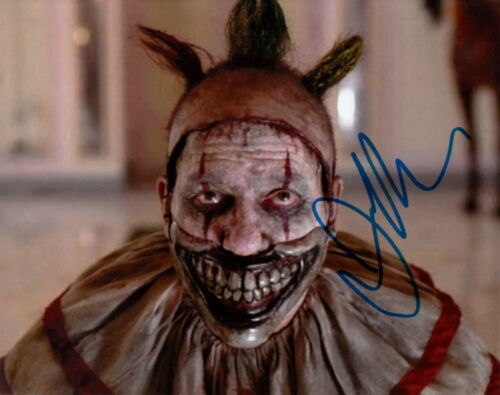 JOHN CARROLL LYNCH.. American Horror Story: Freak Show - SIGNED