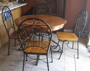 Solid Wood Round Table with Wrought Iron Base & 4 Matching Chair