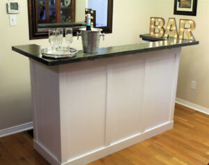 Hand Crafted Elegant Wooden Stand-up Bar