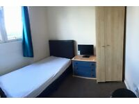 Beautiful single room Available in Brunswick Crescent.