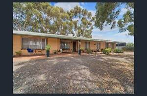 5 Acres, Zoned R1, Guaranteed Investment. Ready To Subdivide! Munno Para Downs Playford Area Preview