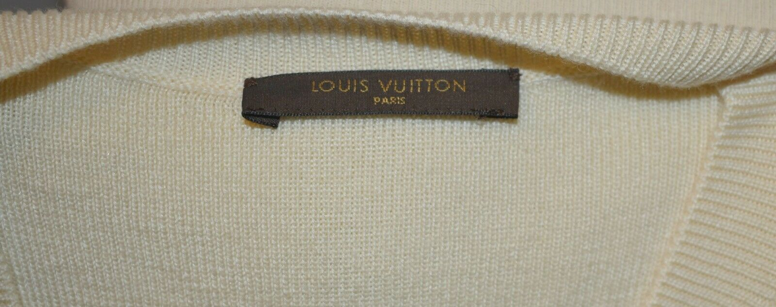 Pull en maille louis vuitton taille 40/42 comme neuf