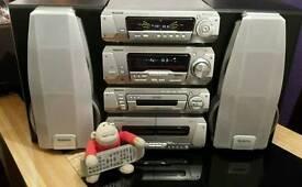5 Cd Technics Stereo £160