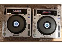 2 X PIONEER CDJ 800 mk2 SERVICED