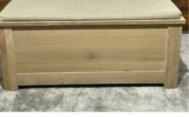 SCHREIBER HARBURY BLANKET BOX WITH SEAT