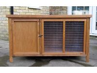Rabbit Hutch & Thermal Cover 4 ft x 2 ft (was used for 2 weeks & indoors only, in the shed)
