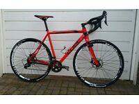 Cube Cross Race Pro Disc Shimano Ultegra 6800 cyclocross bike hydraulic discs 56cm