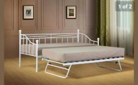 White daybed with trundle and 2 mattresses