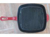 Kitchen items – Pots, pans, bread bin and more. 75p – £5 each
