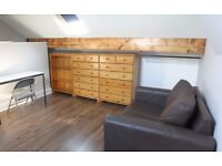 Double rooms in 4-bed house share: Furnished & newly renovated. £310/330 pcm: student/pro