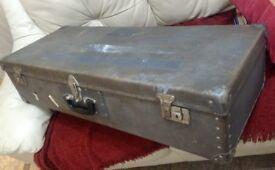 vintage travel/storage case