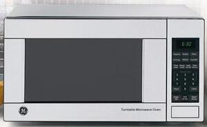 Micro-onde 21'', 1.1 pi3, hotte intégrée, convection, acier inoxydable